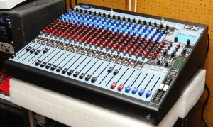 Peavey FX2 24 mixing console